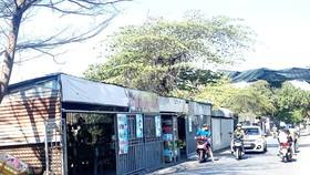 Hàng chục kiốt lấn chiếm hành lang an toàn đường sắt đoạn đi qua phường Hố Nai, TP Biên Hòa