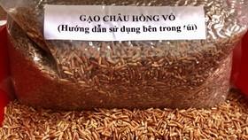 Gạo lứt Châu hồng võ do KS Lê Quốc Việt sản xuất ở Kiên Giang. Ảnh: THU NGUYỄN