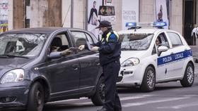 Italy: Triệt phá đường dây rửa tiền lớn