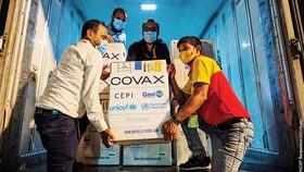 Bangladesh tiếp nhận lô vaccine Covid-19 từ cơ chế Covax vào tháng 8-2021