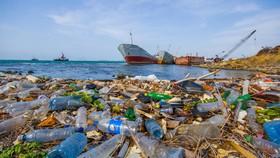 Góp sức giải quyết ô nhiễm nhựa đại dương