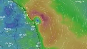 Hồi 22 giờ ngày 11-9, vị trí tâm bão số 5 ngay trên vùng biển từ Đà Nẵng đến Bình Định