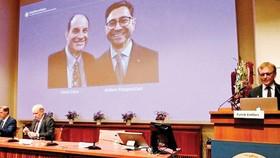 2 nhà khoa học người Mỹ David Julius và Ardem Patapoutian