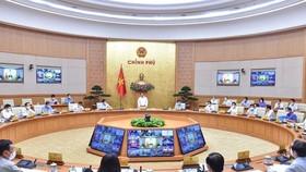 Chính phủ họp thường kỳ tháng 9-2021. Ảnh VGP