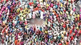 Lễ hội Áo dài TPHCM tôn vinh bản sắc văn hóa dân tộc. Ảnh: DŨNG PHƯƠNG