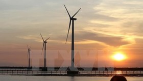 About 3 trillion USD is needed for green investment  in ASEAN between 2016 and 2030, 37 times the size of the global 2016 green bond market (Source: VNA)