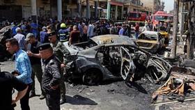 Hiện trường vụ đánh bom ở Baghdad. Ảnh:AP