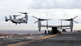 Một máy bay MV-22B Osprey hạ cánh xuống tàu USS Bonhomme Richard ngoài khơi Sydney trong cuộc tập trận quân sự chung Mỹ-Australia ngày 29-6-2017. Ảnh: AP