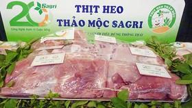 Thịt heo thảo mộc Sagrifood ra thị trường