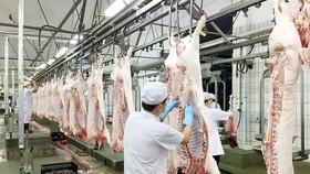 Thịt heo sạch khó cạnh tranh về giá bán