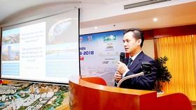 Ông Nguyễn Hưng Thịnh, Trợ lý Ban Tổng giám đốc Công ty Phú Mỹ Hưng, giới thiệu nội dung Chương trình đi bộ Lawrence S. Ting lần thứ 13