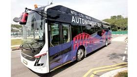 Xe bus điện không người lái đầu tiên trên thế giới