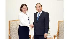 Thủ tướng tiếp Đại sứ Australia, bà Robyn Mudie. Ảnh: VGP/Quang Hiếu