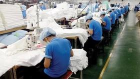 Các doanh nghiệp dệt may ngày càng hướng đến việc phát triển các sản phẩm thân thiện môi trường (Ảnh minh họa)