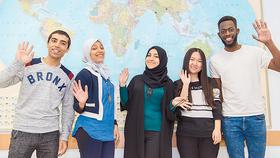 Sinh viên nước ngoài du học tại Nga