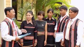Người dân tộc thiểu số được ưu tiên trong tuyển dụng công chức