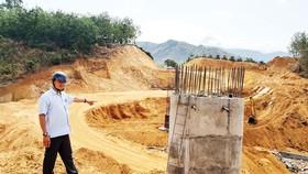 Người dân hiến đất xây dựng cầu thôn 6, xã Tân Lập