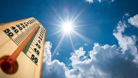 Ứng phó mưa to ở miền Bắc, nắng nóng ở miền Nam