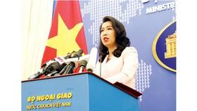 Người Phát ngôn Bộ Ngoại giao Lê Thị Thu Hằng trả lời câu hỏi của phóng viên. Ảnh: TTXVN
