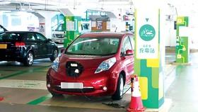 Một trạm sạc điện xe hơi ở Hồng Công