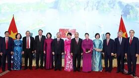 Thủ tướng Nguyễn Xuân Phúc, Chủ tịch Quốc hội Nguyễn Thị Kim Ngân và các đồng chí lãnh đạo Đảng, Nhà nước tại Lễ kỷ niệm 75 năm Quốc khánh (2-9-1945-2-9-2020). Ảnh: TTXVN
