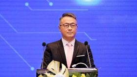 Ông Jeremy Chen