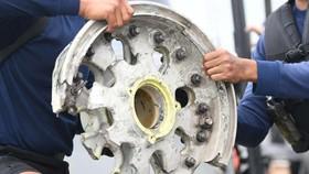 Indonesia: Xác định vị trí 2 hộp đen máy bay rơi