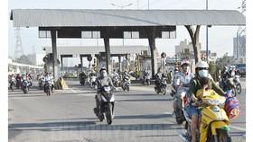 Giảm 50% giá dịch vụ đường bộ cho người dân ở dọc xa lộ Hà Nội