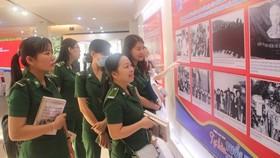 Triển lãm hình ảnh về tổ chức Đoàn TNCS Hồ Chí Minh và Lực lượng TNXP. Nguồn: HMC