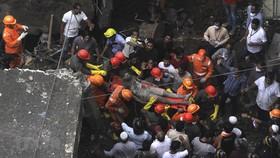 Ấn Độ: Sập nhà ở Mumbai, nhiều trẻ em thiệt mạng