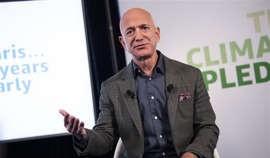 Amazon sẽ hoàn thành mục tiêu dùng năng lượng tái tạo sớm hơn 10 năm