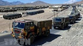 Ấn Độ triển khai 50.000 binh sĩ dọc biên giới với Trung Quốc