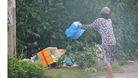 Ngăn nạn đổ trộm rác ở các khu đất trống