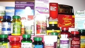 Đổ bệnh với thực phẩm chức năng: Cơ quan quản lý lúng túng chạy theo