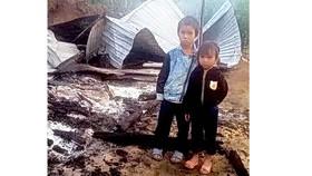 Cháy nhà, cha mẹ tử vong, 2 đứa trẻ mồ côi