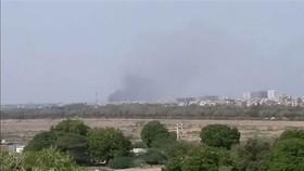 Hiện trường vụ rơi máy bay. Ảnh: Pakistan Times