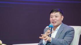 Giáo sư Vũ Hà Văn