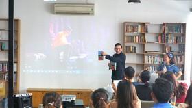 Tác giả Việt chủ động mang sách ra thế giới