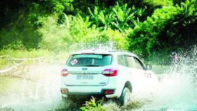Ford Everest dẫn đầu doanh số phân khúc SUV hạng trung tháng 7-2020