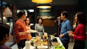 """Phim """"Tiệc trăng máu"""": Bản Việt hóa tròn trịa"""