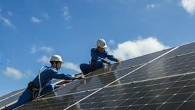 Hơn 30 trụ sở hành chính lắp đặt điện mặt trời mái nhà