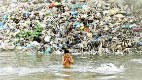 Nước sạch khó về nông thôn