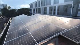 Dừng mua điện mặt trời mái nhà sau 31-12-2020