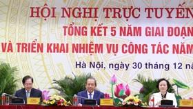 Phó Thủ tướng Thường trực Chính phủ Trương Hòa Bình dự và phát biểu chỉ đạo Hội nghị. Ảnh: VGP