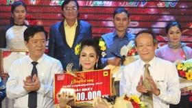 Nguyễn Thị Hàn Ni đoạt giải nhất Bông lúa vàng 2020