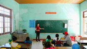 Lan tỏa xuân yêu thương đến học sinh nghèo