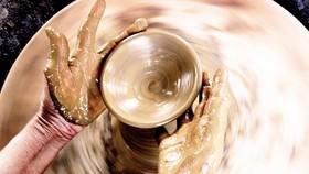 Bàn tay người thợ chuốt gốm Nhạn Tháp - Vân Sơn tái hiện vẻ đẹp thuần khiết của đất đai