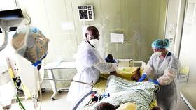 Các nước giàu tích trữ vaccine để tư lợi