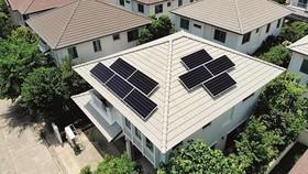 Hệ thống Mái sử dụng  năng lượng mặt trời SCG