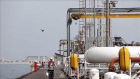 Cơ sở khai thác dầu của Iran trên đảo Khark. Ảnh (tư liệu): AFP/TTXVN